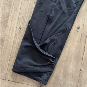 Lululemon yoga roll down pants